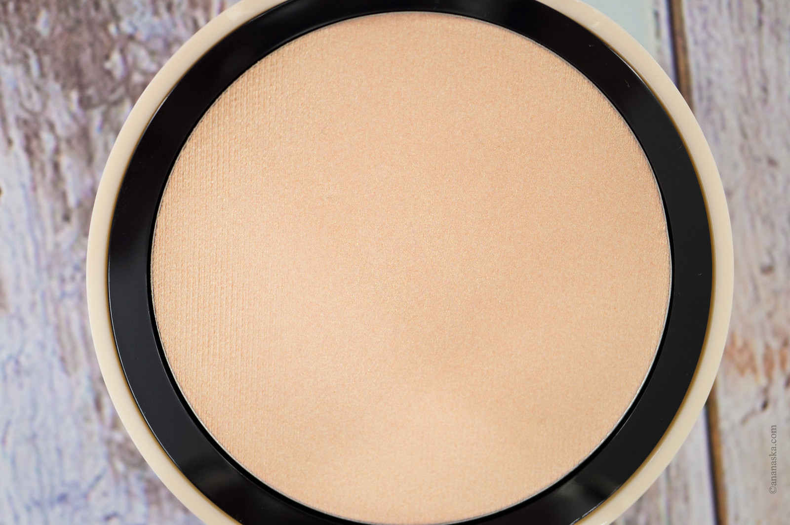 Pink Muse Cream Highlighter 001