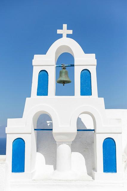 Santorini blue + white