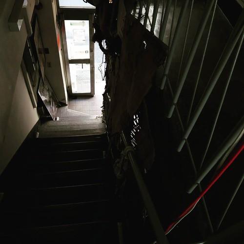 階段出口。