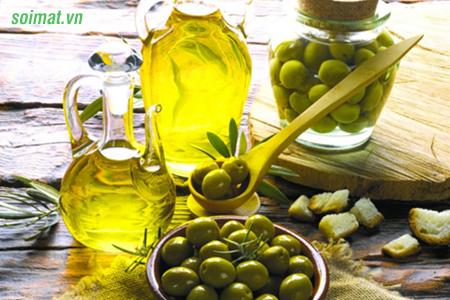 Sử dụng dầu oliu hàng ngày rất tốt cho người bệnh viêm túi mật