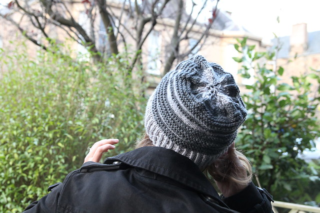 grey stripy hat
