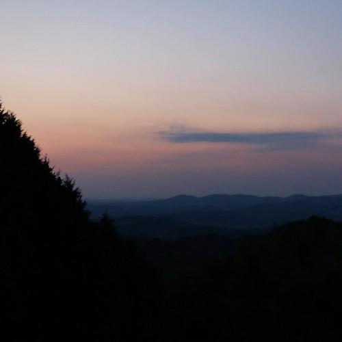 山の上からの景色。マジックアワー。 #赤磐市