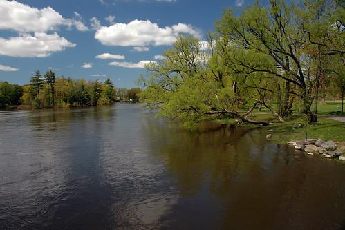 pl15mai08 terrebonne river