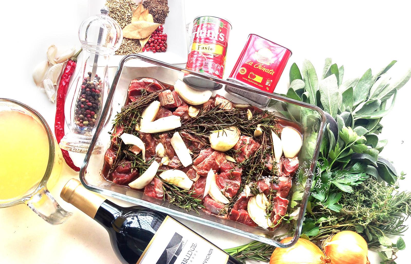 孤身廚房-香草使用不手軟!我的招牌香料燉牛肉4