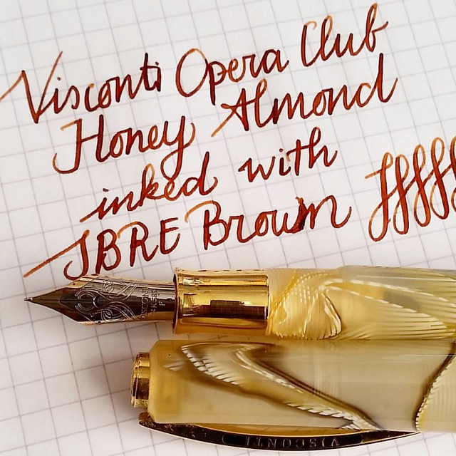 A closer look. I really like this brown. #sbrebrownink #sbrebrown #fountainpenink #fpgeeks #fountainpennetwork #FPN #visconti #operaclub #honeyalmond
