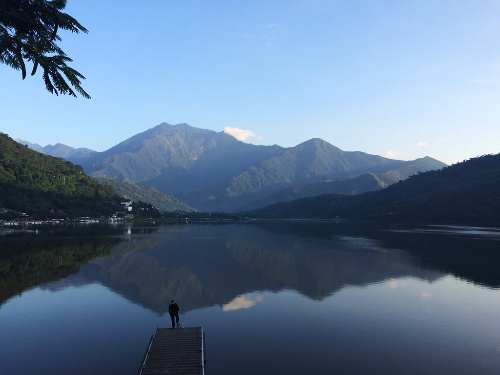 """Serenity Now"" at Liyu Lake"