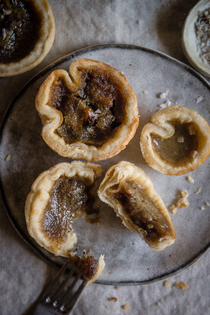 date & maple butter tarts - Two Red Bowls