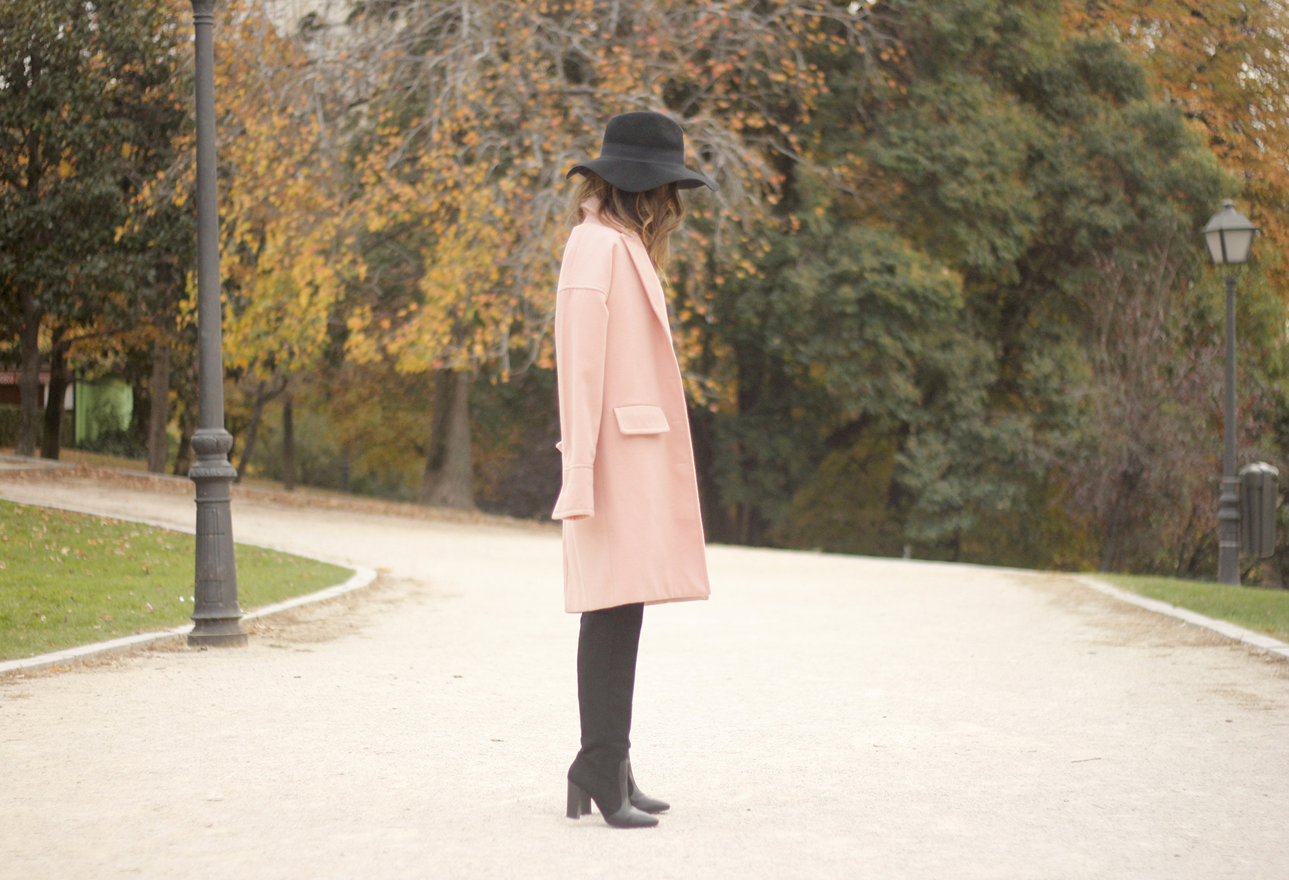 Black and White Dress Pink Coat Black Hat outfit style over the knees boots01