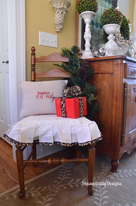 Christmas 2015 Foyer - Housepitality Designs