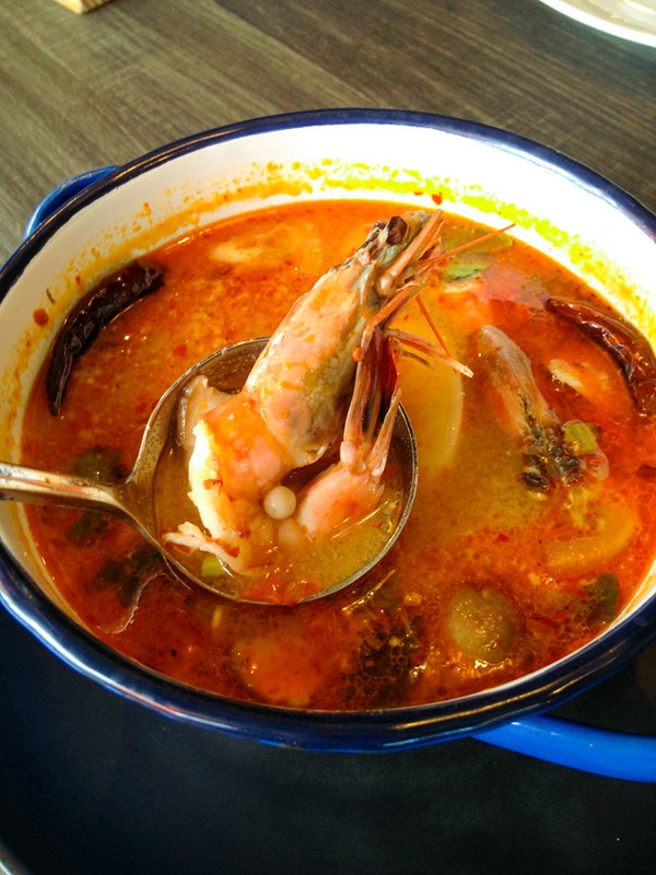 creamy-seafood-tom-yum