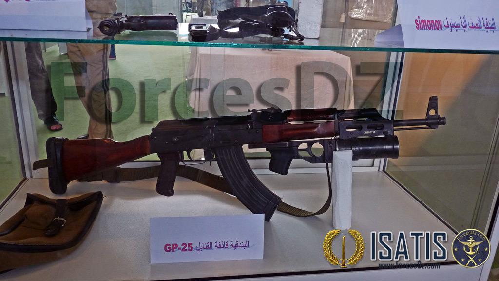الصناعة العسكرية الجزائرية  [ AKM / Kalashnikov ]  33404291580_ced2d3c796_o