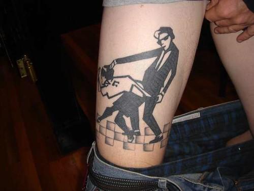 Какая у лизандра татуировка