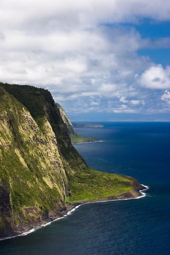 usa 20d clouds landscape hawaii cliffs hi waipio