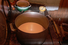 potter's wheel(0.0), copper(0.0), lighting(0.0), art(1.0), wood(1.0), pottery(1.0), ceramic(1.0),