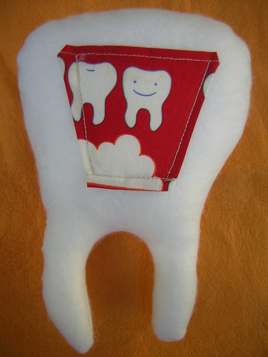 tooth fairy pillow back pocket