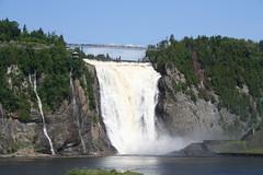 water feature(0.0), wasserfall(0.0), waterfall(1.0), dam(1.0), reservoir(1.0), water(1.0), river(1.0), body of water(1.0), terrain(1.0), cliff(1.0), infrastructure(1.0),