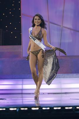 2006  Picture Singapore on Miss Universe 2006 Carol Cheong Yim Foon Miss Singapore 2006 Competes