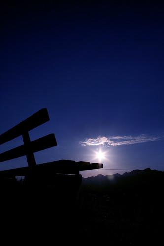 blue sunset sun black sunrise dark bench geotagged star schweiz switzerland silent suisse dusk swiss horizon svizzera atmospheric jeri olten starrkirch peier geo:lat=47343419 geo:lon=7924936 jeripeier