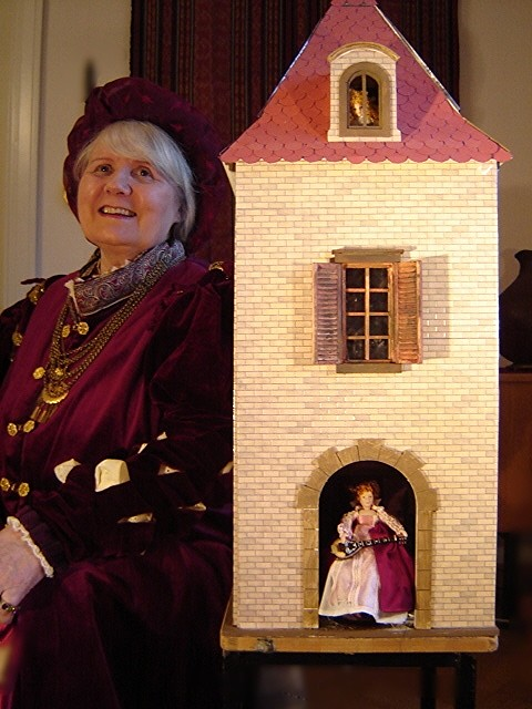 My renaissance dress and 16th c. gate house