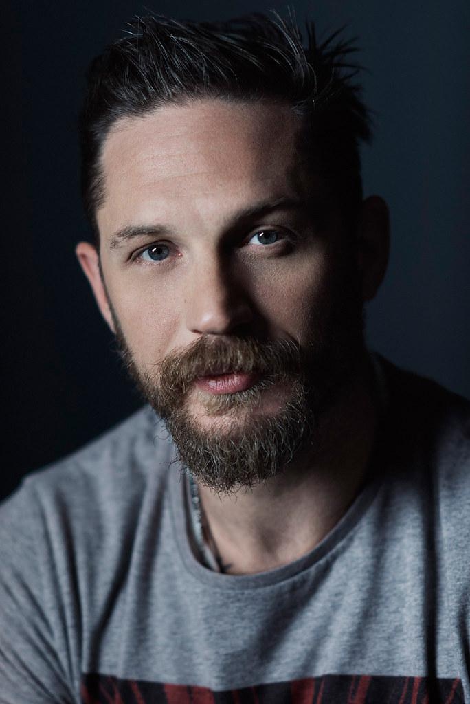 Том Харди — Фотосессия для «Легенда» на «TIFF» 2015 – 8
