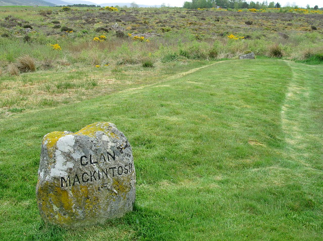 Culloden; Graves of Clan Mackintosh