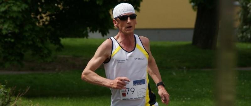 """Ján Korytár """"morduje"""" své tělo a výsledkem je maratonský rekord"""