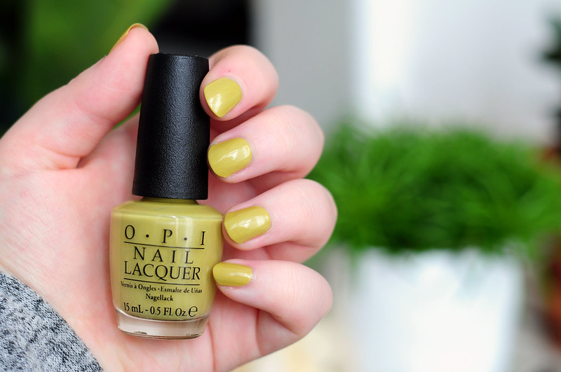 notd-opi-dont-talk-bach-to-me-nail-polish-rottenotter-rotten-otter-blog
