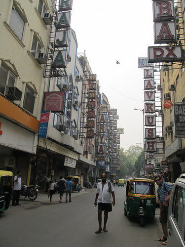 Rue des routards à Delhi