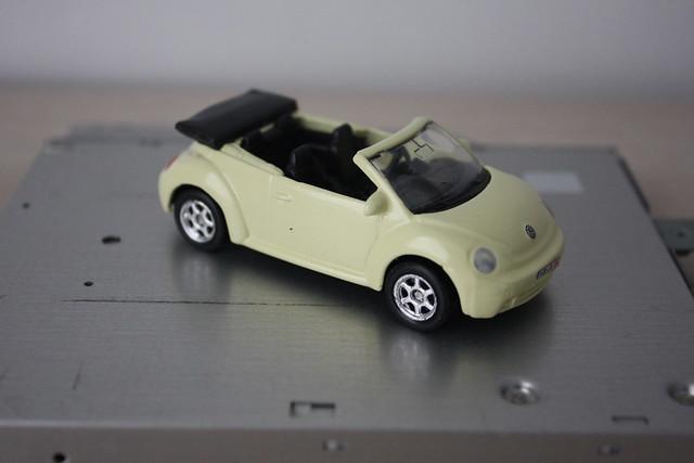 [Welly] VOLKSWAGEN New Beetle convertible
