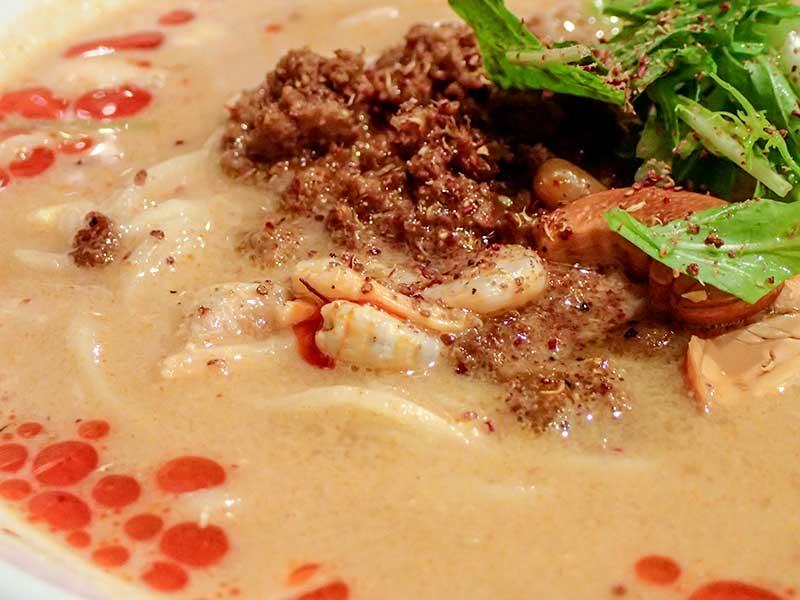 坦坦麺(汁有)痺れる