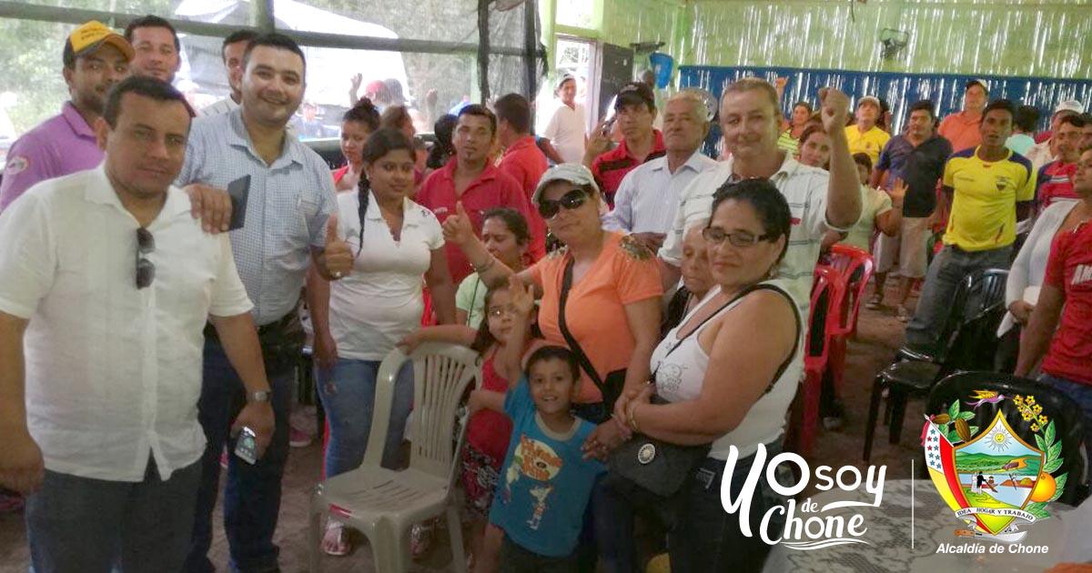 En Cerro de Dominguillo técnicos municipales capacitan a agricultores