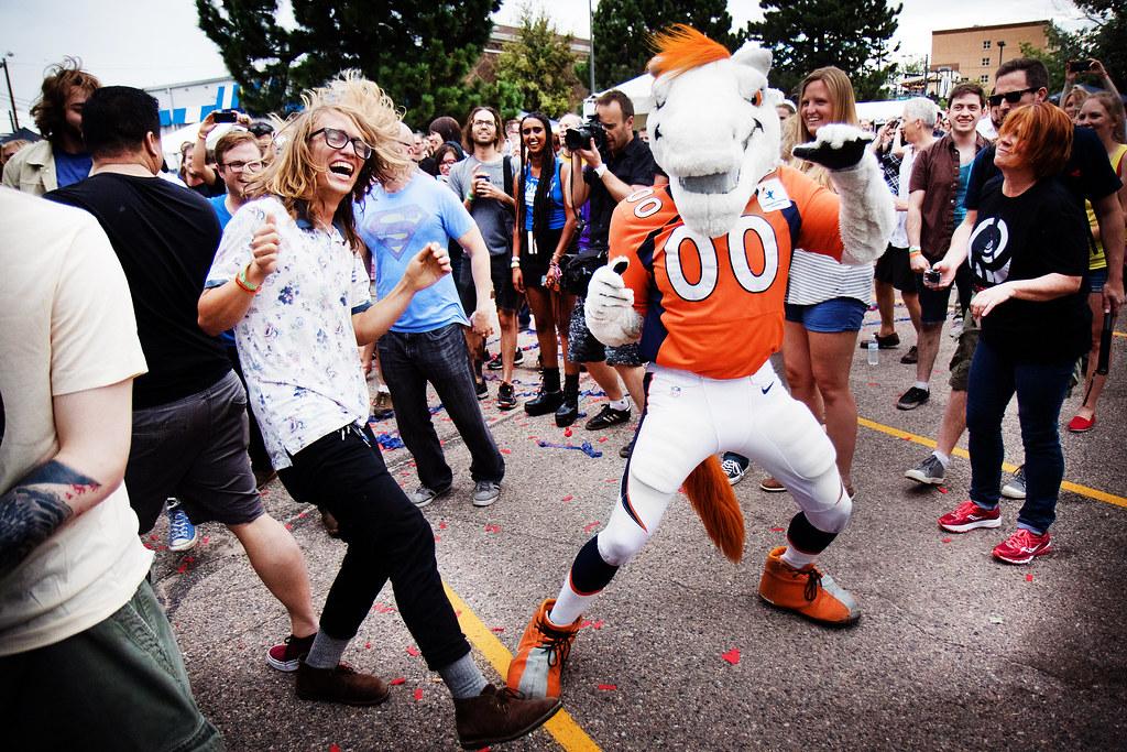 Miles The Broncos mascot dancing at UMS 2015