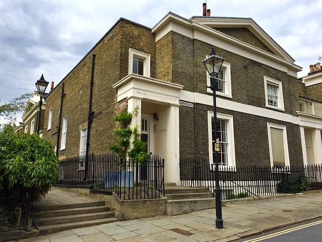 Clerkenwell: Lloyd Square