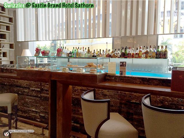 Eastin Grand Swizzles Lobby
