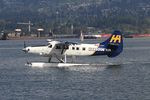 C-FHAX DHC-3 Turbine Otter Harbour Air Vancouver 06-09-15