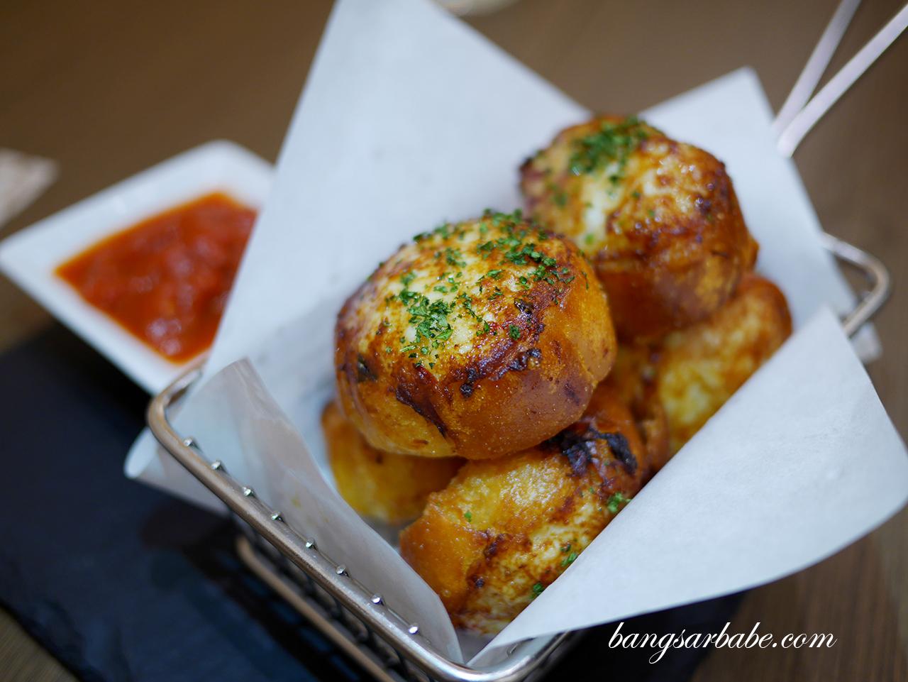 Chicken Toasties with Chunky Tomato Dip
