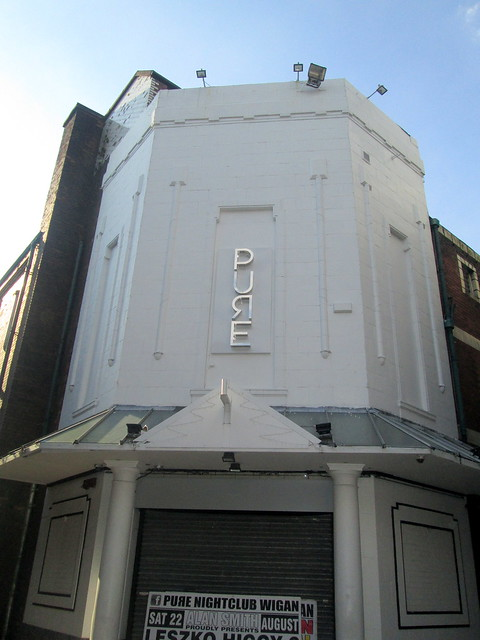 Wigan Art Deco 7
