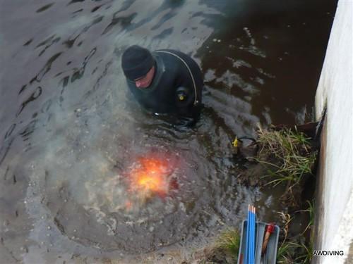 Onderwaterbranden met thermische lans