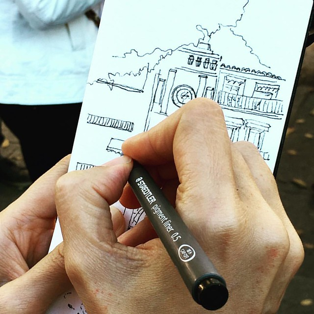 #sketching in action in #Toledo #Spain (photo by @romeiro_p )