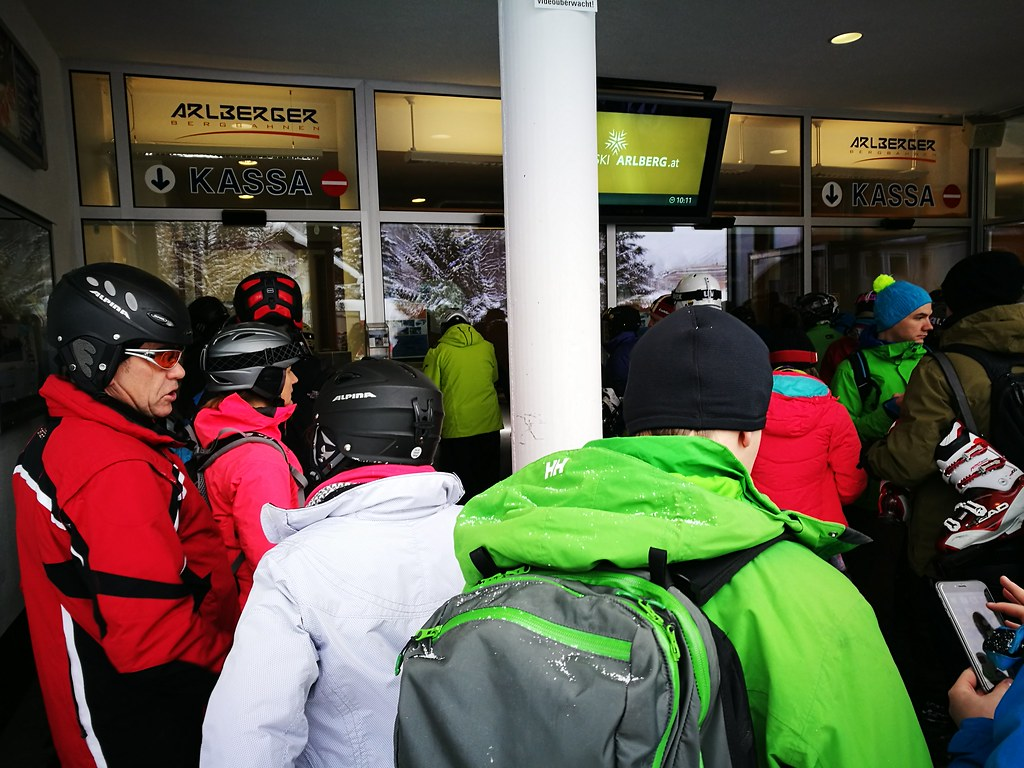 Queueing for lift passes