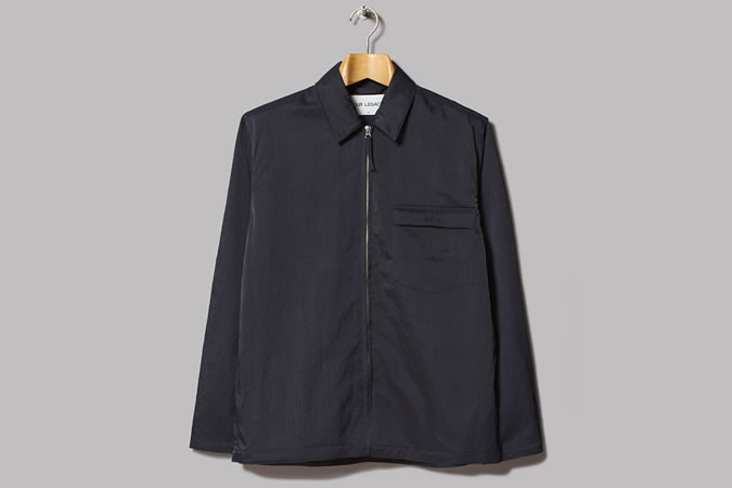 Hãy thử những chiếc áo khoác mỏng khi mùa thu tới