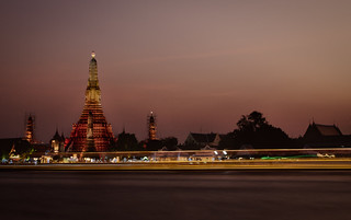 Image of Wat Arun (Temple of Dawn). architecture bangkok buddhism building chaophraya commons d750 dawn khmer landscape lights longexposure nikon prang river skyline summer sunset tamron temple thailand trail urban watarun