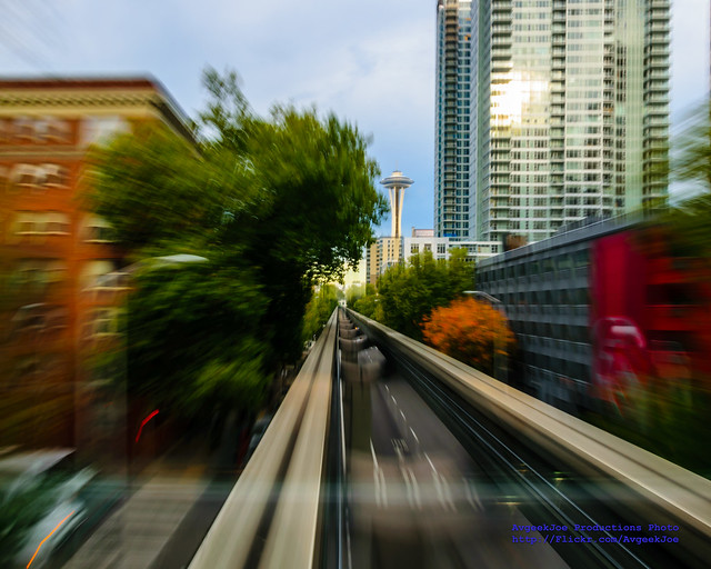 RIDING THE SEATTLE MONORAIL AT 1/4 SEC