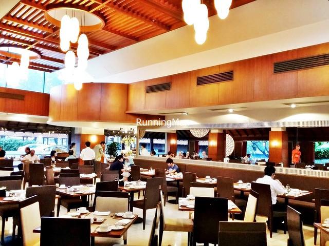 Sofitel Plaza Hotel 06 - Brasserie WestLake