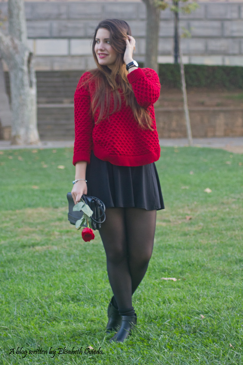 black dress y jersey rojo - HEELSANDROSES (1)