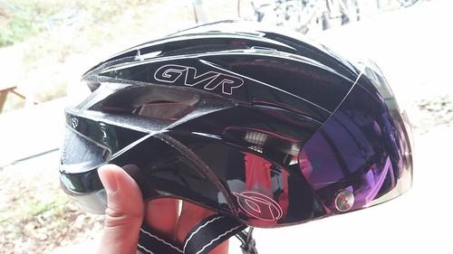 これ欲しい!GVRのバイザー付きヘルメット