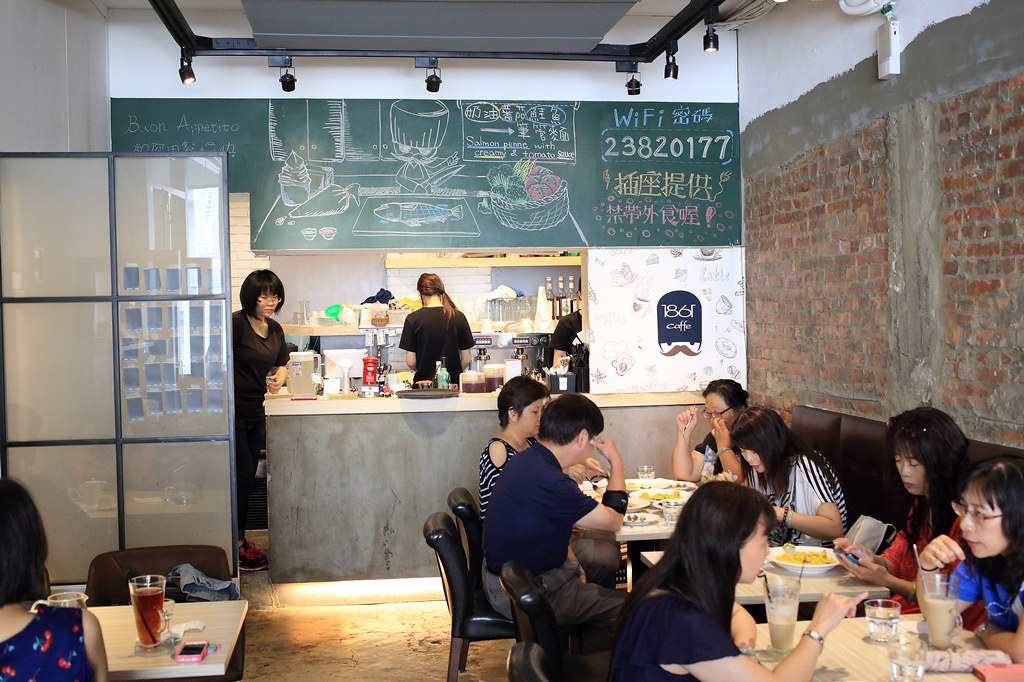 20150722萬華-1861 caffe (2)