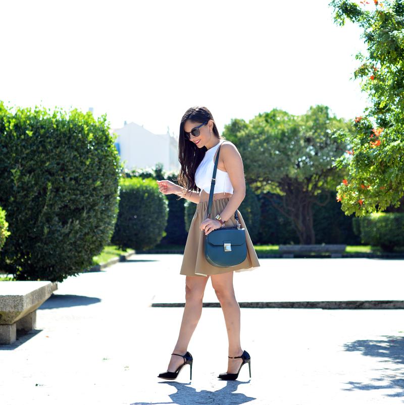 Zara_ootd_outfit_camel_falda_crop_top_09