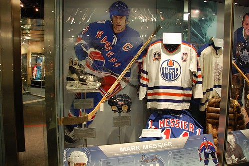 Mark Messier display