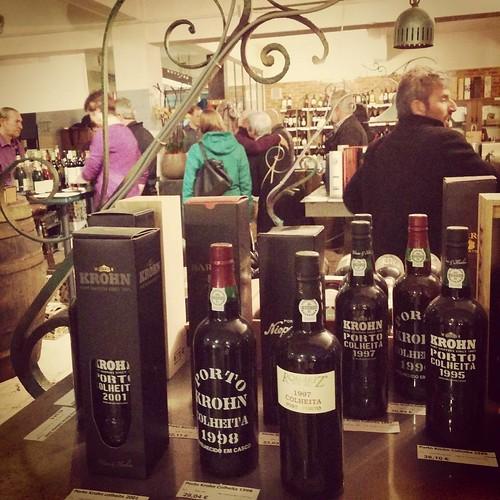 Wijn- en portodegustatie. Er zijn slechtere manieren om uw zondagmiddag door te brengen. 🍷 #porto #wijn #degustatie #wineloft